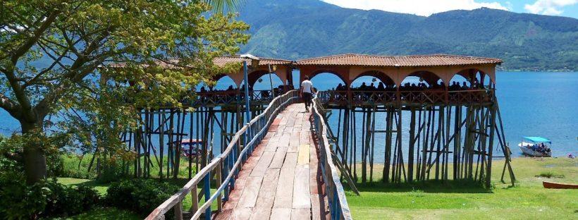 Lago Coatepeque El Salvador muelle
